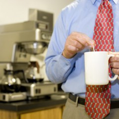 Kaffeevollautomaten fürs Büro mieten oder kaufen? Darauf sollten Sie achten