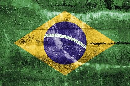 Brasilien-Flagge auf einer Wand