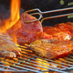 Abgepacktes Grillfleisch: Gefahr für die Verbraucher