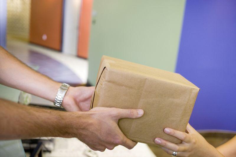 Raum Basel: Pakete an deutsche Lieferadresse schicken und Geld sparen